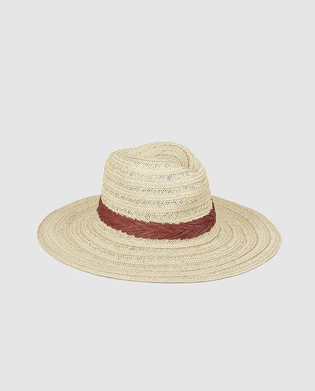 0e6fb86b87 Sombrero fedora de mujer con cinta roja en El Corte Inglés por 24,95 euros  14,95 euros
