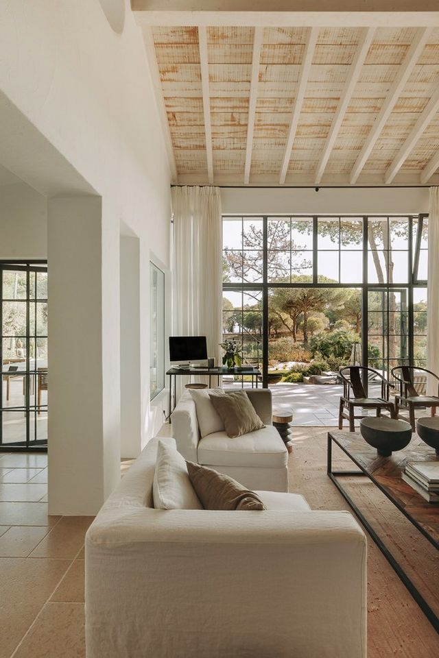 Une maison portugaise rénovée en tons naturels   PLANETE DECO a homes world   Bloglovin'