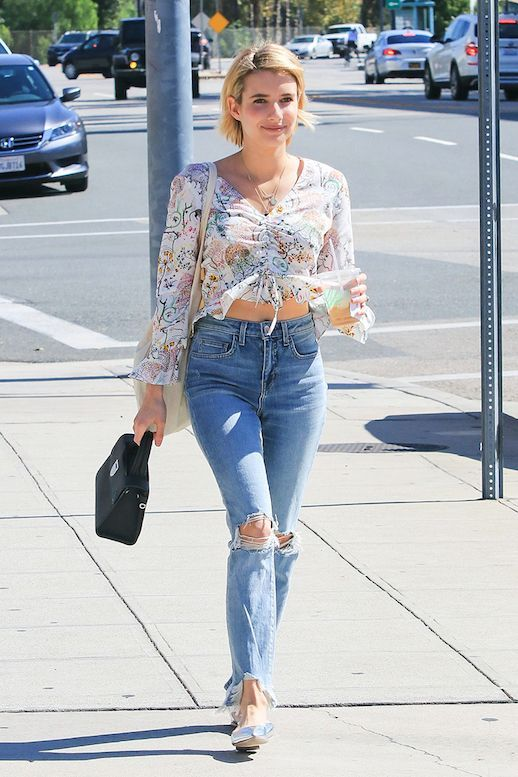 d92cefae862f97 Emma Roberts Looks Perfect in A Printed Blouse