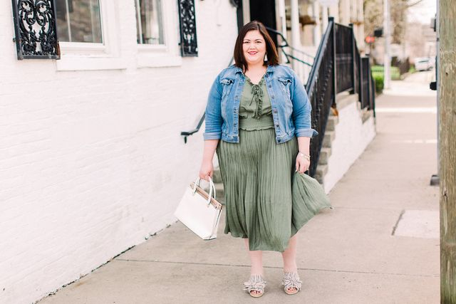 a886c6336b72 Lane Bryant sent me an olive dress recently and I'm happy to put it in my  wardrobe rotation!