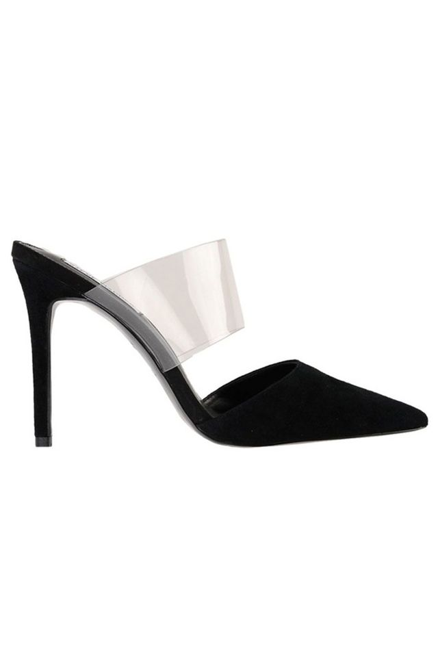 98bab4d8a Queen Letizia s Style Calls On These  120 Steve Madden Heels (  They ...