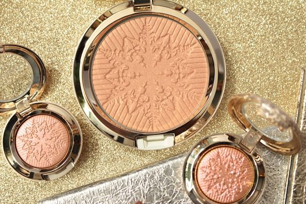 Mac Snow Ball Face Powder Opalescent Here Comes Joy Review